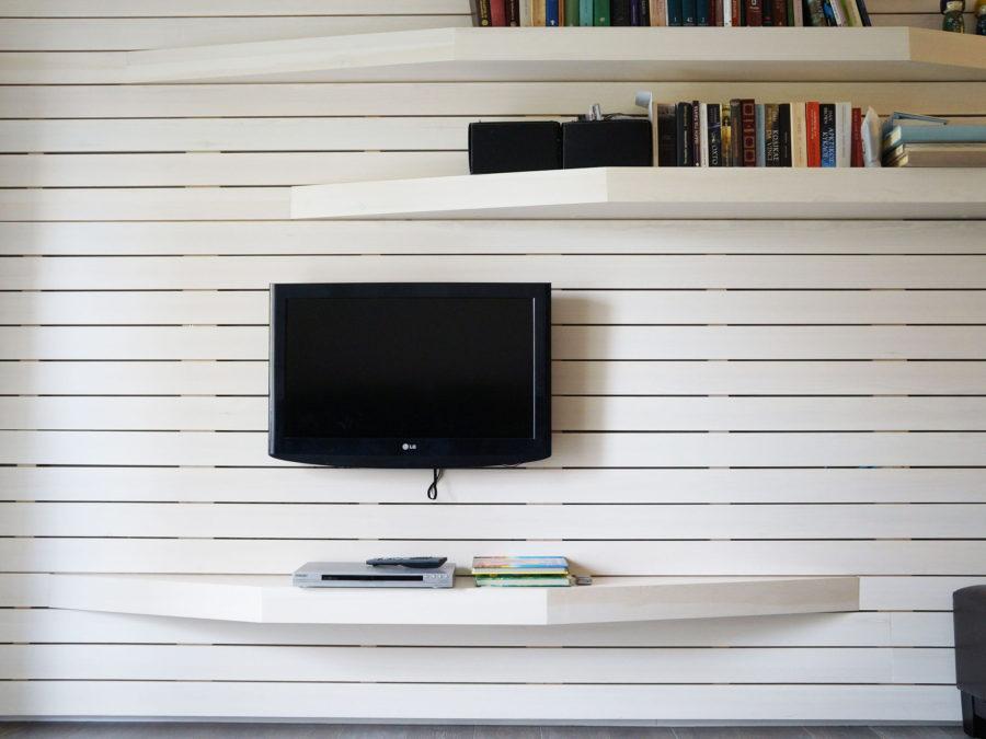 ανακαίνιση κουζίνας & μπάνιου, Ανακαίνιση διαμερίσματος Αμπελόκηποι, σύνθετο τηλεόρασης